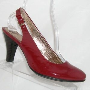 Sofft burgundy patent leather buckle slingback 10M